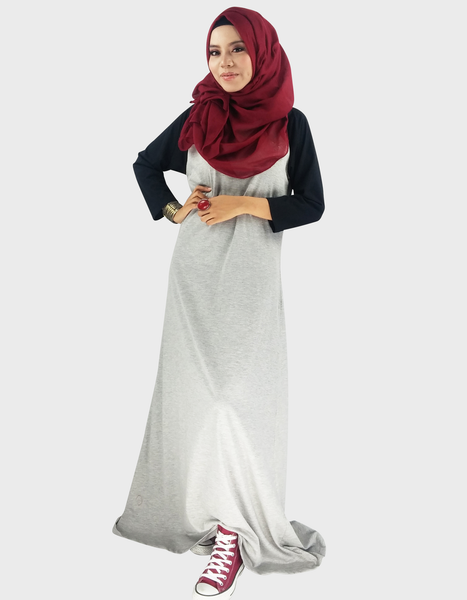 Raglan Maxi in Light Grey/Black