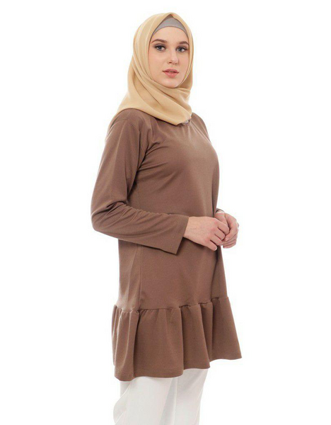 Ruffled Top in Mocha
