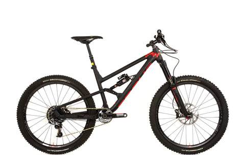 SAM 1.0-Mountain Bikes-Focus-Default-The Racery