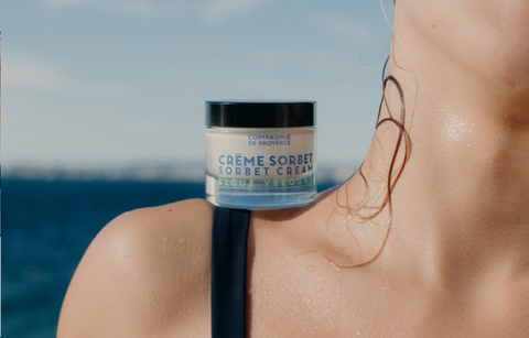 Explore the benefits of Velvet Seaweed on your skin