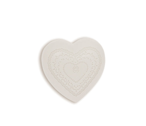 Que de L'amour 200g Heart Soap