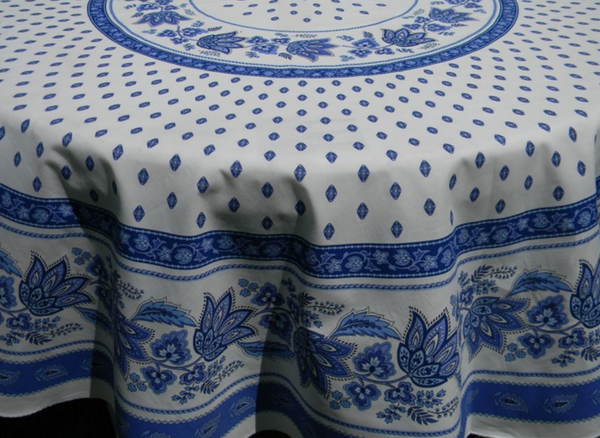 Le Cluny - Tablecloth Lisa Blue & White - Belle De Provence