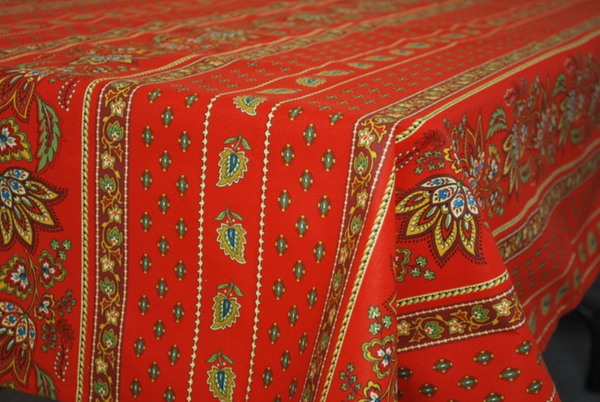Le Cluny - Tablecloth Lisa Red - Belle De Provence