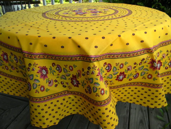 Le Cluny - Tablecloth Lisa Yellow - Belle De Provence
