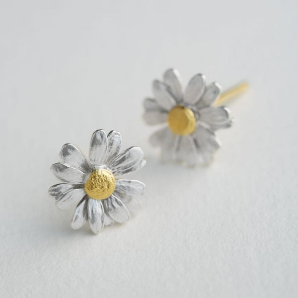 Alex Monroe - Little Daisy Stud Earrings