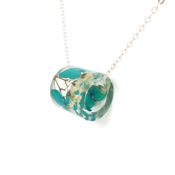 Resin Tube Necklace with Blue Hydrangea and Baby's Breath