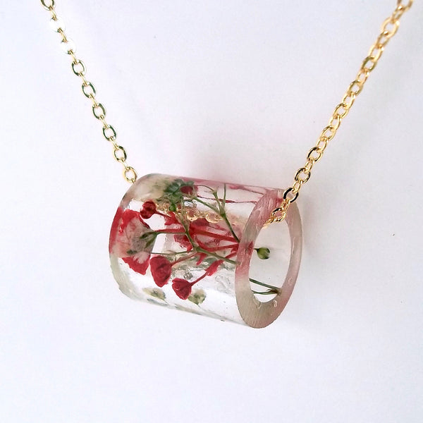 Resin Tube Necklace with Red and White Baby's Breath