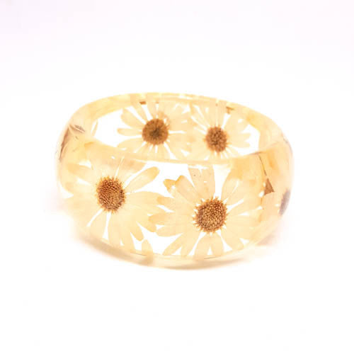 Resin Bracelet with Daisies