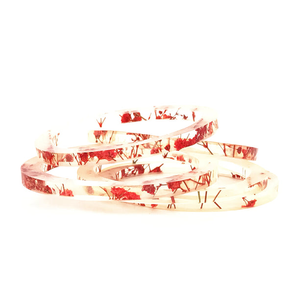 Stackable Skinny Bangle with Red Baby's Breath