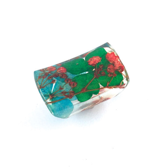 Seconds Sale - Wide Resin Ring with Hydrangeas and Baby's Breath