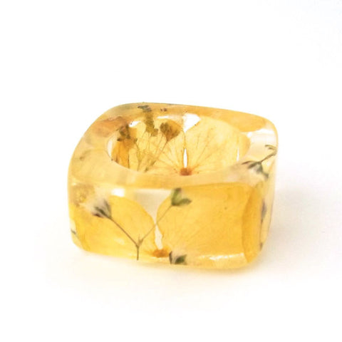 Square Resin Ring with Yellow Hydrangea and Baby's Breath