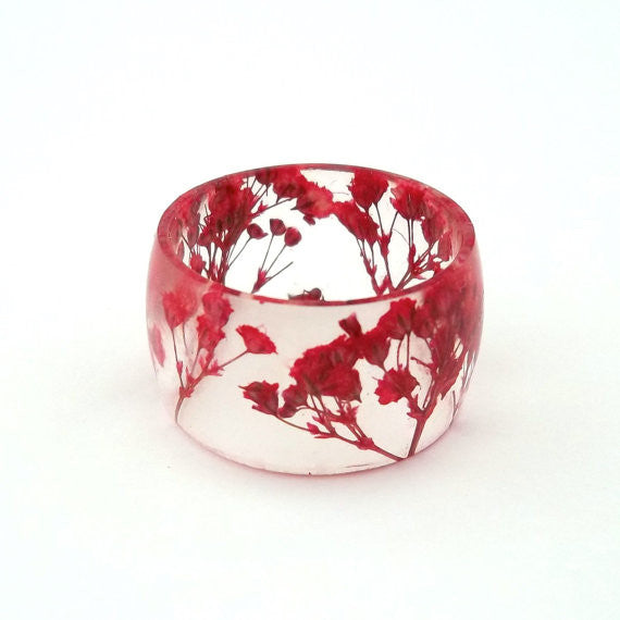 Resin Band Ring with Red Baby's Breath