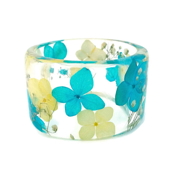 Blue and Yellow Hydrangea and Baby's Breath Resin Bracelet