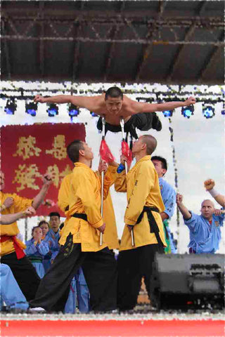 YanJie practices Shaolin Qigong on the Spear Tips