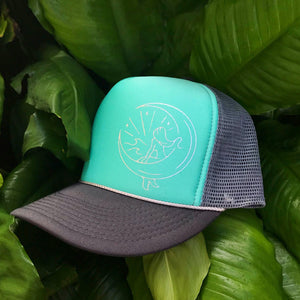 Mahina Mermaid Trucker - Aqua/Chrome