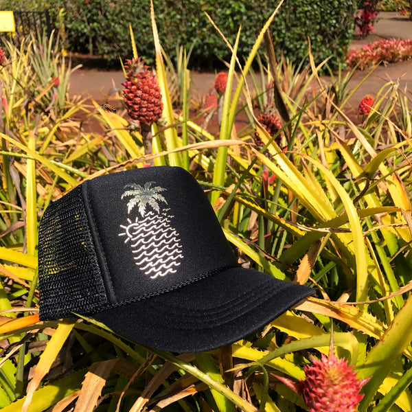 Wavy Pineapple Trucker - Black