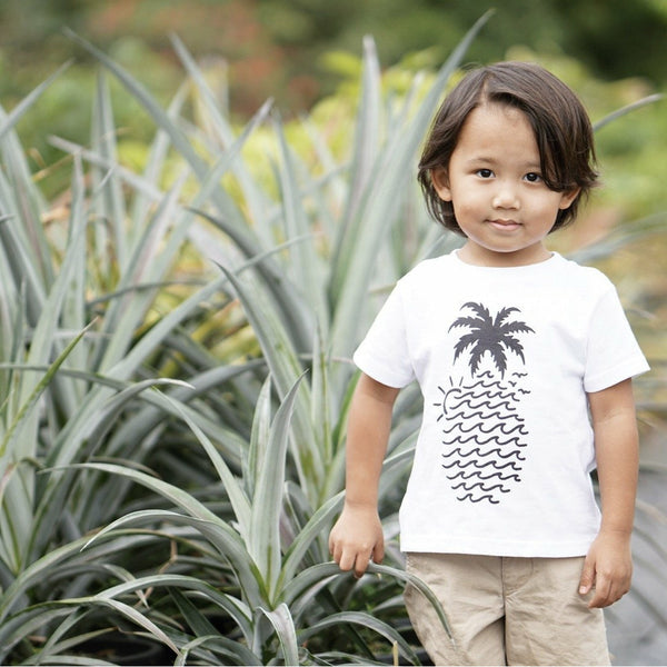 "White ""Wavy Pineapple"" Tee"