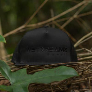 Wet Dreamz Hawaii Trucker - Black/Black