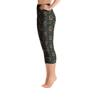 """Pina Skullada"" Yoga Capri Leggings"