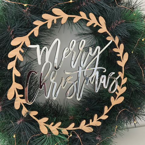 'MERRY CHRISTMAS' WREATH - great for pairing with a green Christmas wreath or a red Christmas wreath to add sparkle to your Christmas decorations