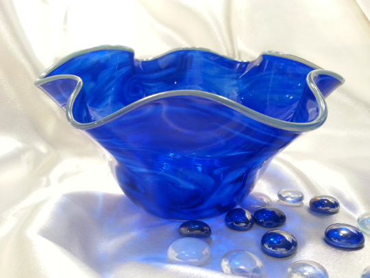 Small Flutter Bowl