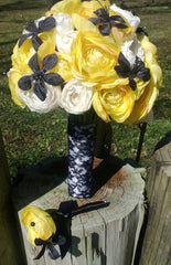 17 Piece Yellow White Ranunculus Bridal Bouquet Wedding Flower Set with Black accents, Yellow Bouquet, White Yellow Bouquet, Yellow Wedding