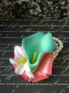 Wrist Corsage Real Touch Aqua Blue Calla Lily, Mothers Corsage, Bracelets Aqua Blue corsage, Beach Corsage Pearl Wristlet Bridal Corsage