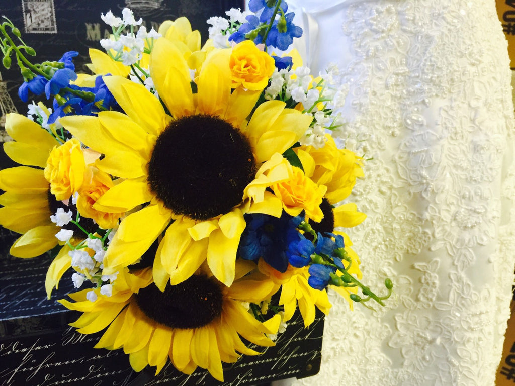 Sunflower bouquet sunflower babies breath blue silk flowers bridal sunflower bouquet sunflower babies breath blue silk flowers bridal bouquet sunflower wedding bouquet yellow izmirmasajfo