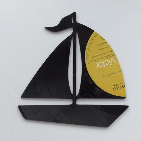 Sail Boat - Medium