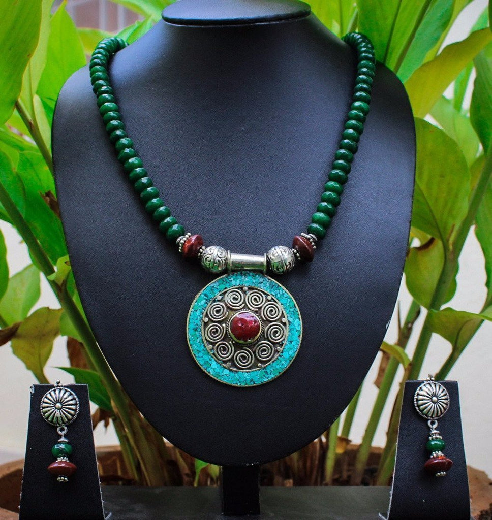 Dark Green Jade & Reddish Brown Agate Beads Necklace Set Combined With Tibetan Silver Beads With Pendant