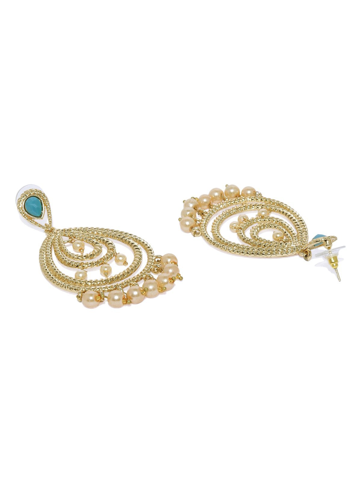 Gold Tone Traditional Earring And Maang Tikka Set