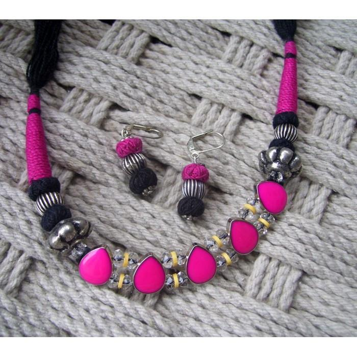 Princess Satire By Anetra Necklace Set