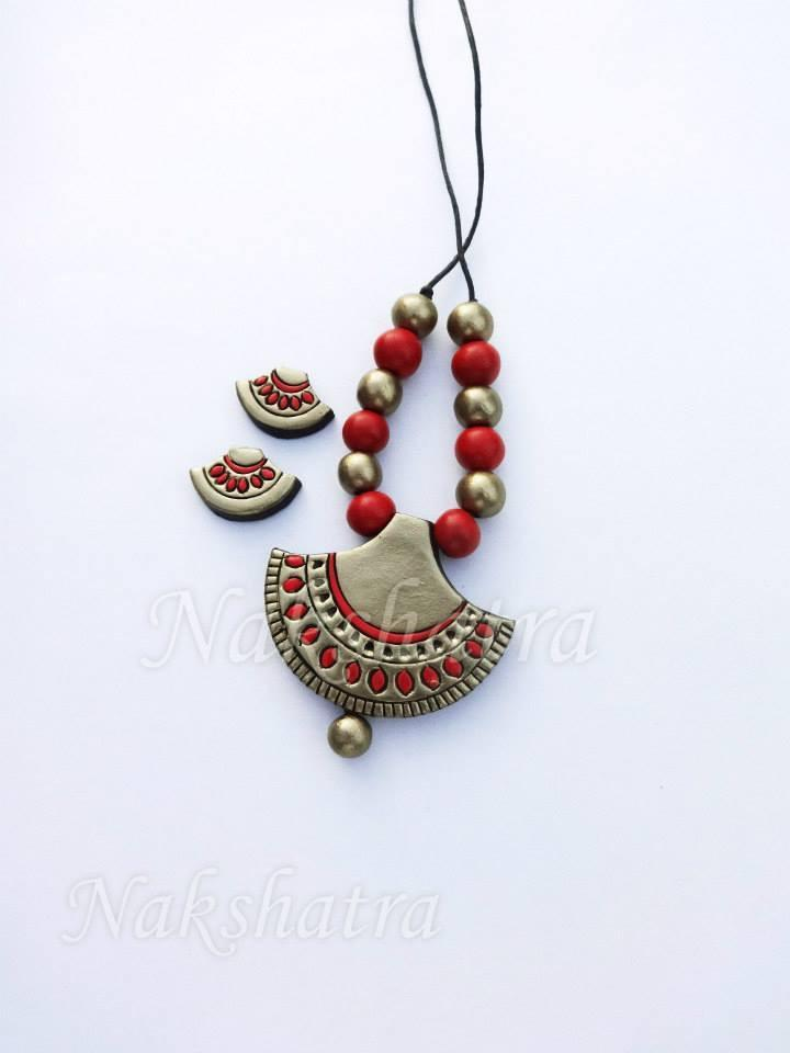 Red And Golden Colour Terracotta Necklace Set