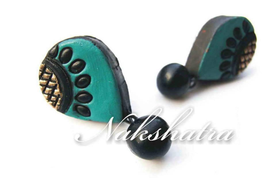 Green & Golden Colour Terracotta Stud Earring
