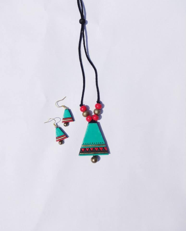 Turquoise Blue And Red Colour Terracotta Necklace Set