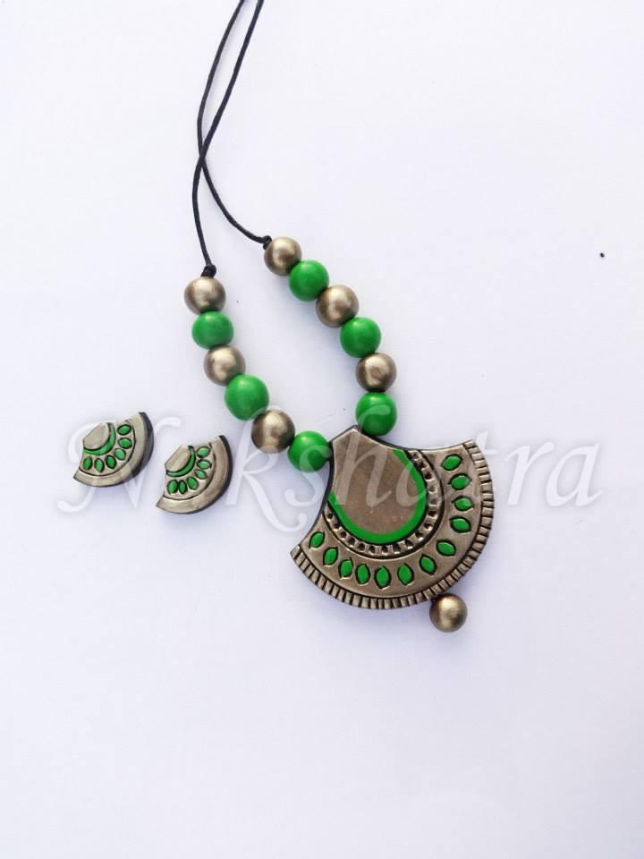 Green And Golden Colour Terracotta Necklace Set