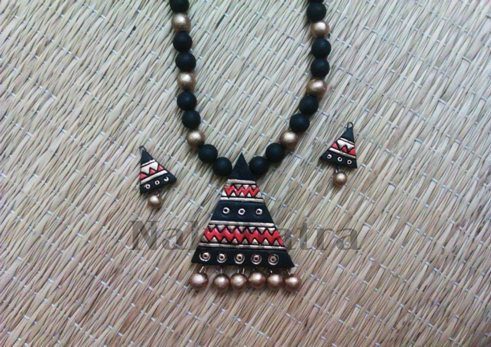 Black And Red Gold Terracotta Necklace Set