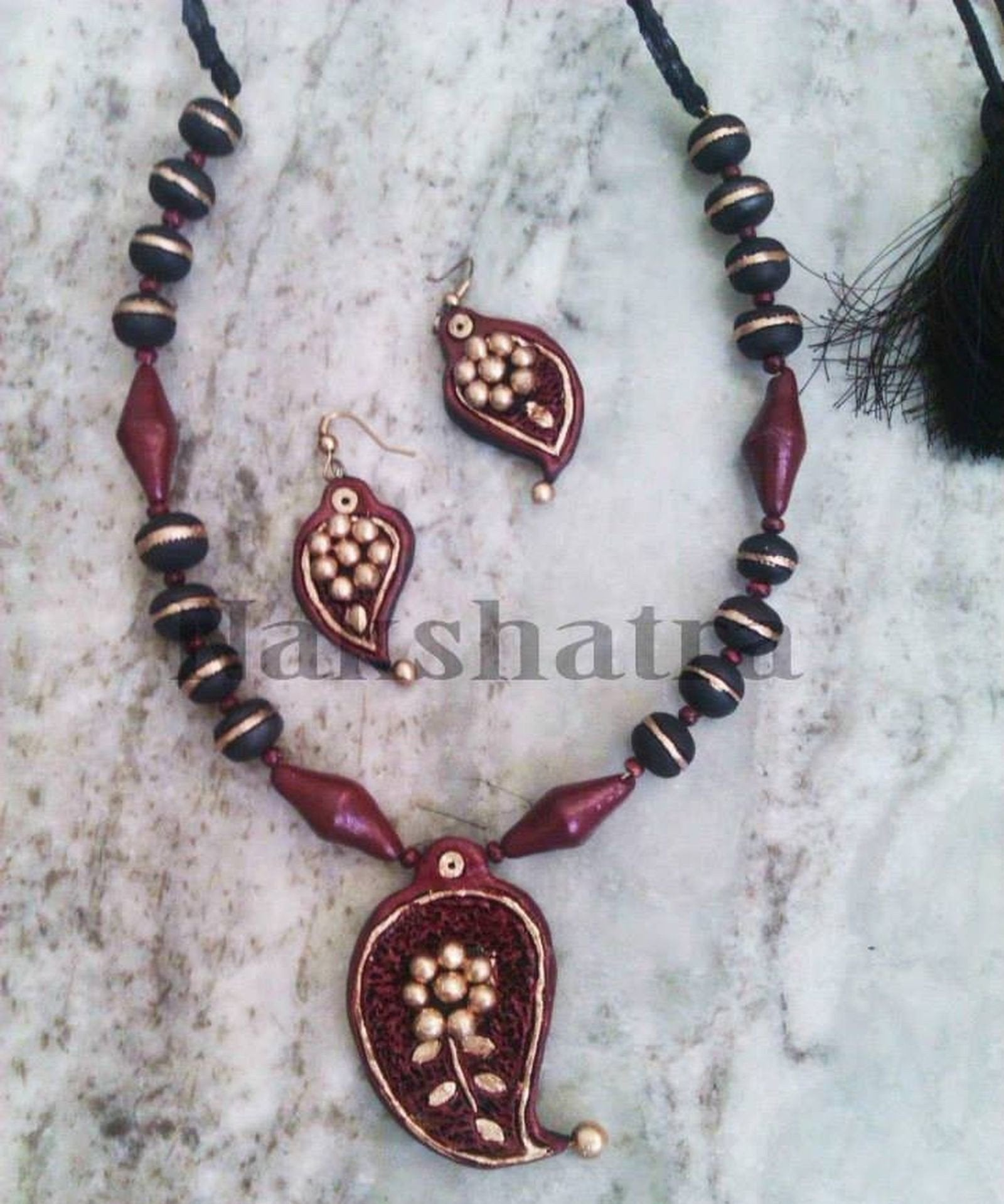 Maroon Gold Terracotta Necklace Set