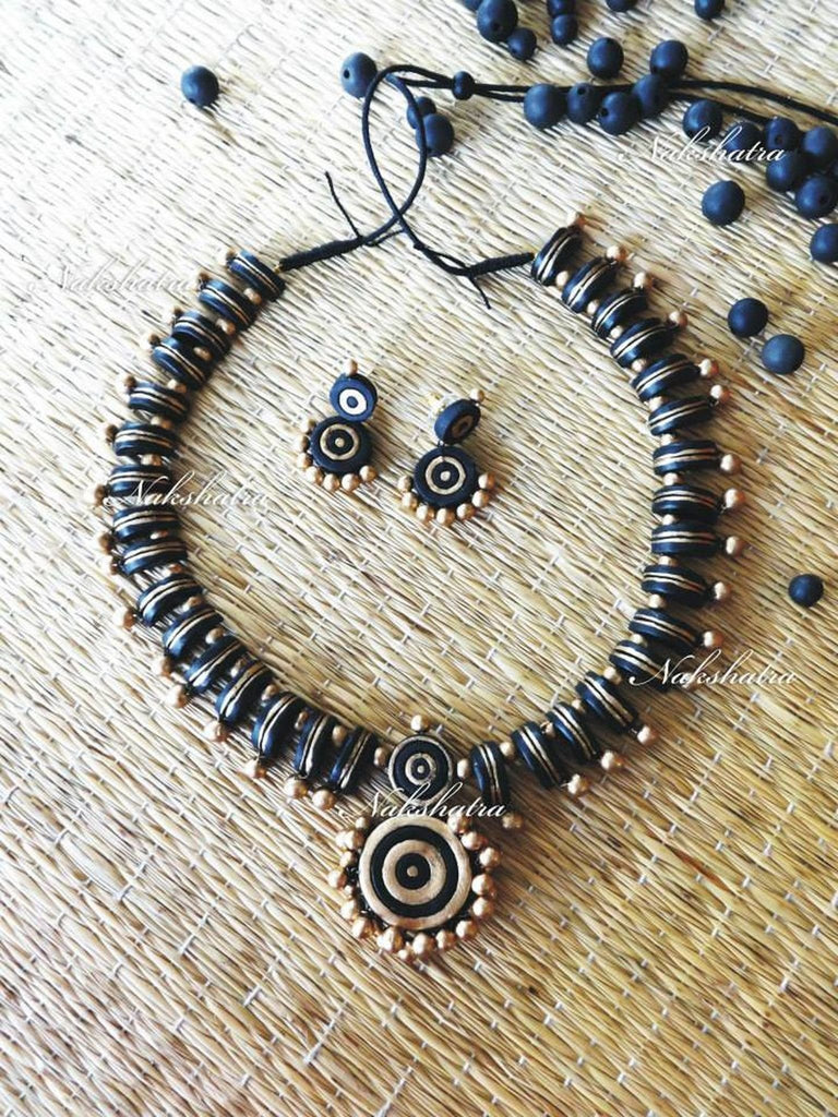 Black Antique Gold Terracotta Necklace Set