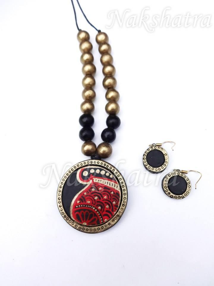 Black & Golden Colour Terracotta Necklace Set