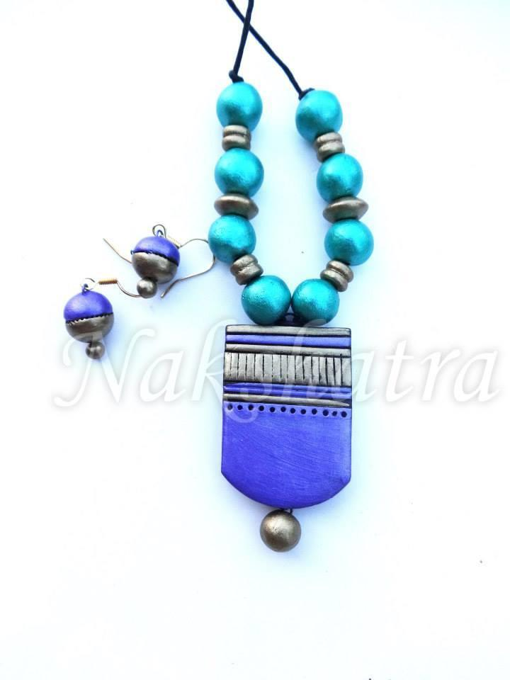 Turquoise Blue And Dark Blue Colour Terracotta Necklace Set