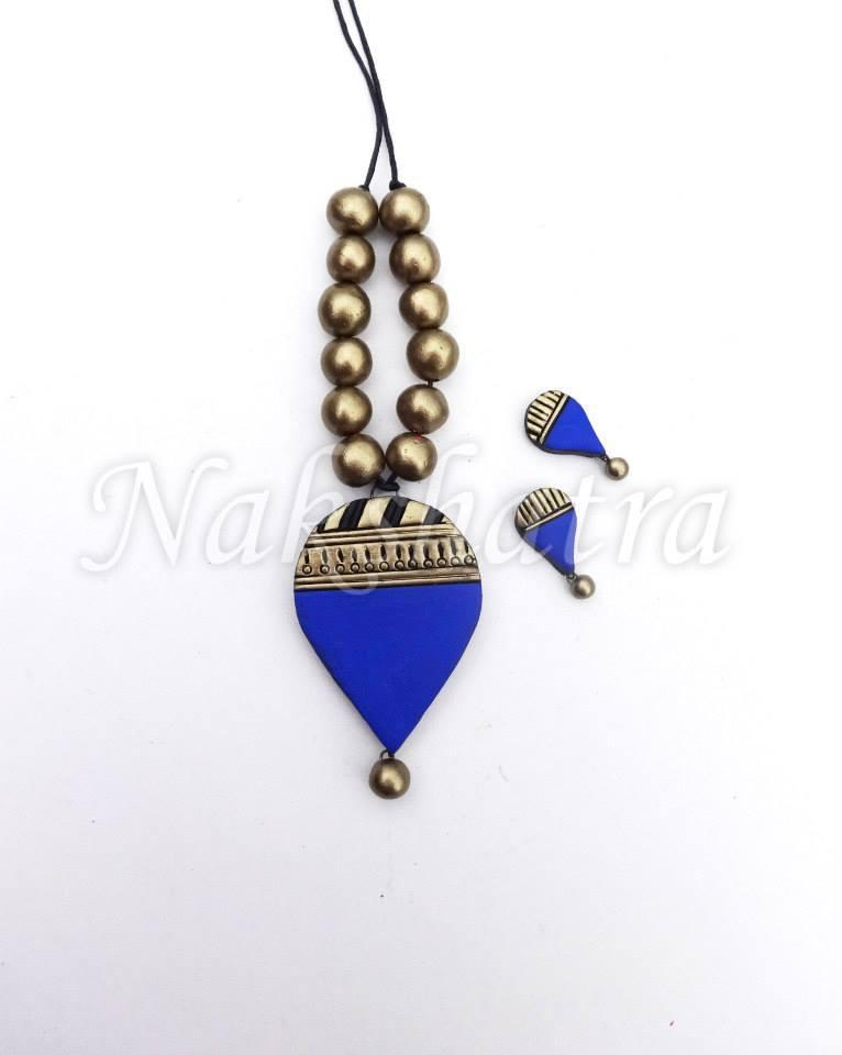 Blue And Golden Colour Terracotta Necklace Set