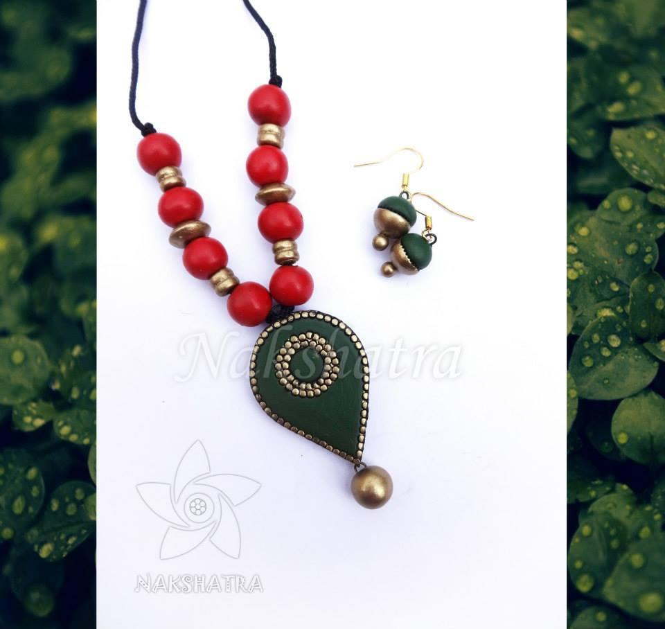Red And Green Terracotta Necklace Set By Nakshatra