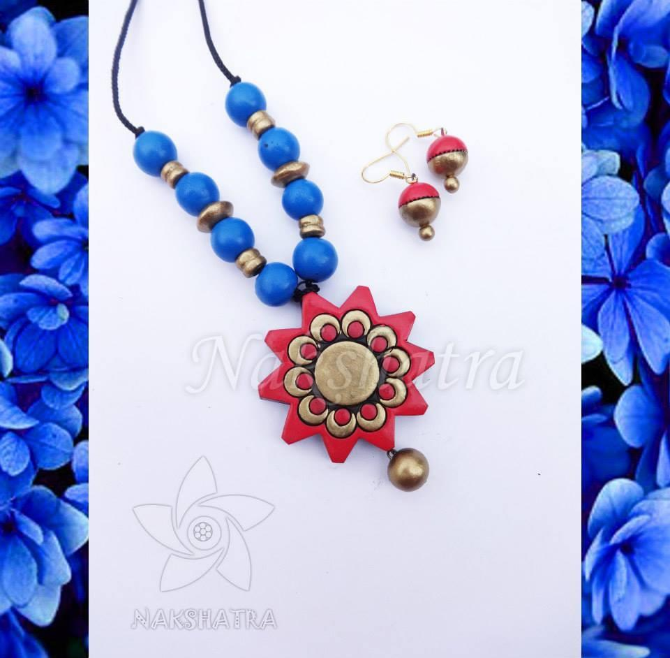 Red And Blue Color Terracotta Necklace Set