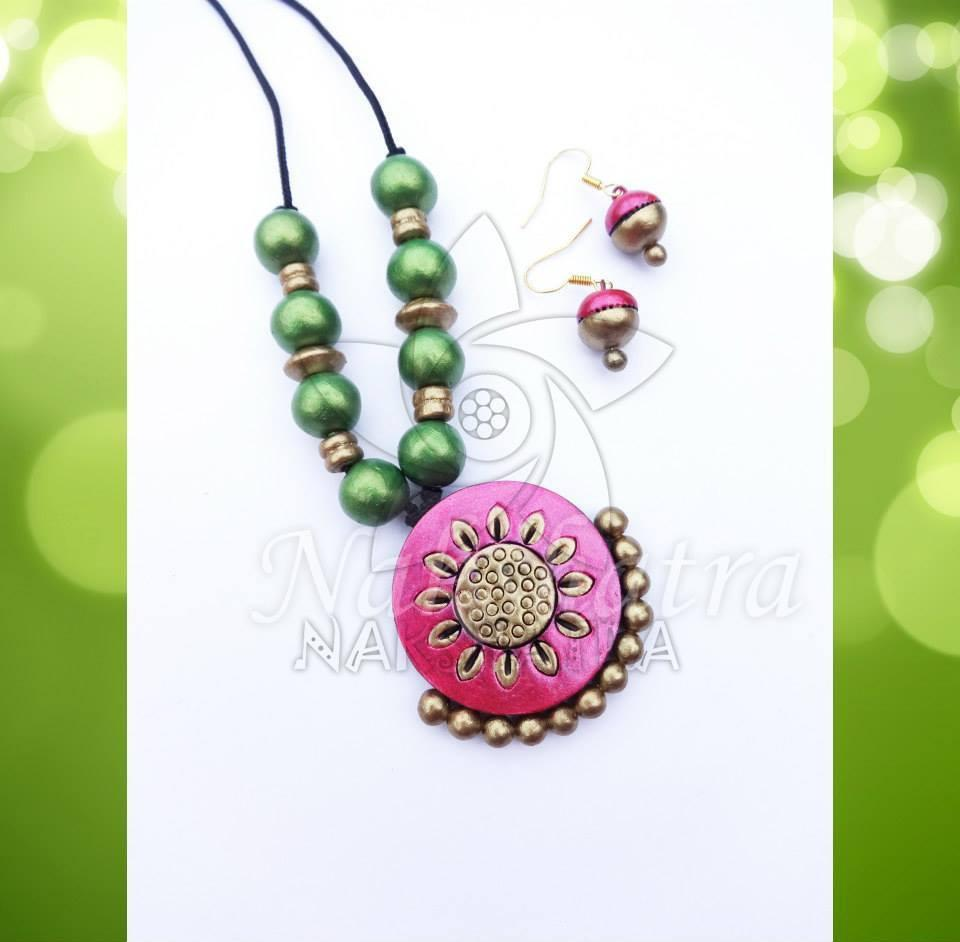 Pink And Greeen Color Terracotta Necklace Set