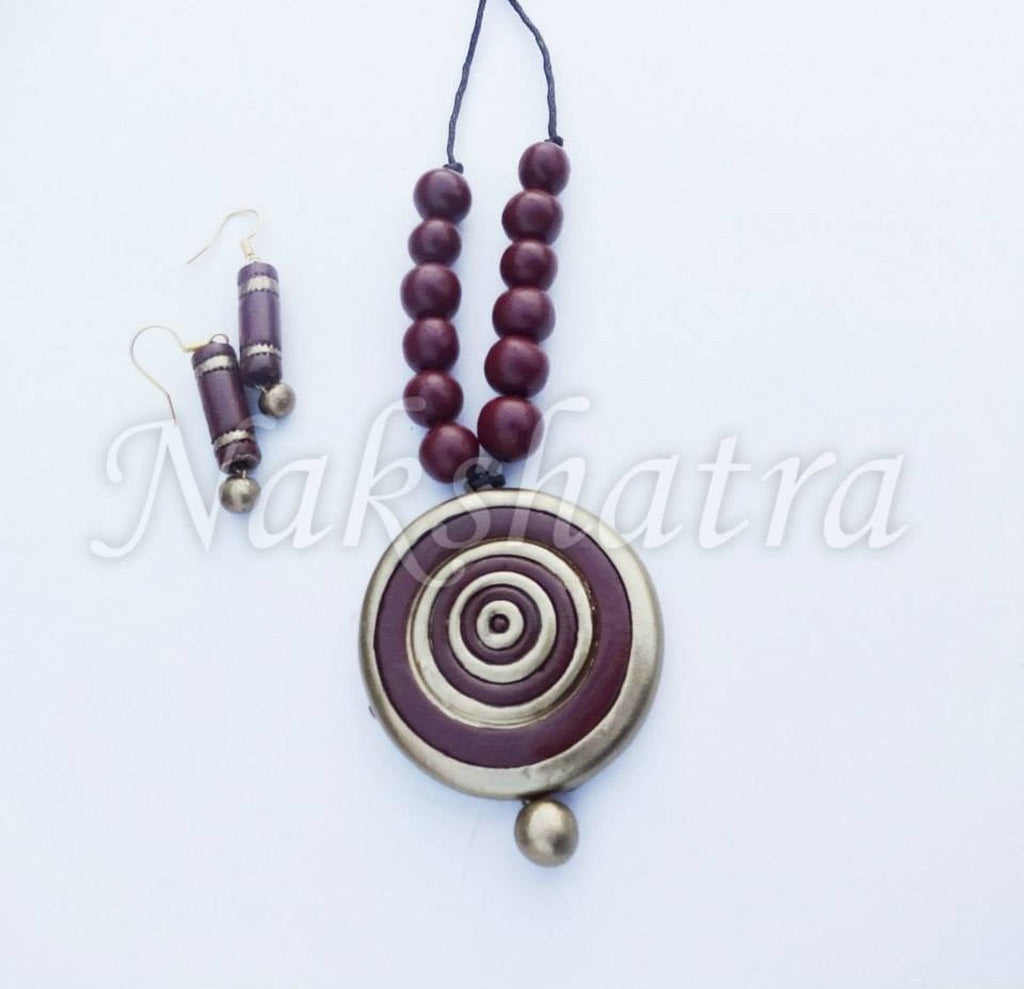 Maroon And Golden Color Terracotta Necklace Set