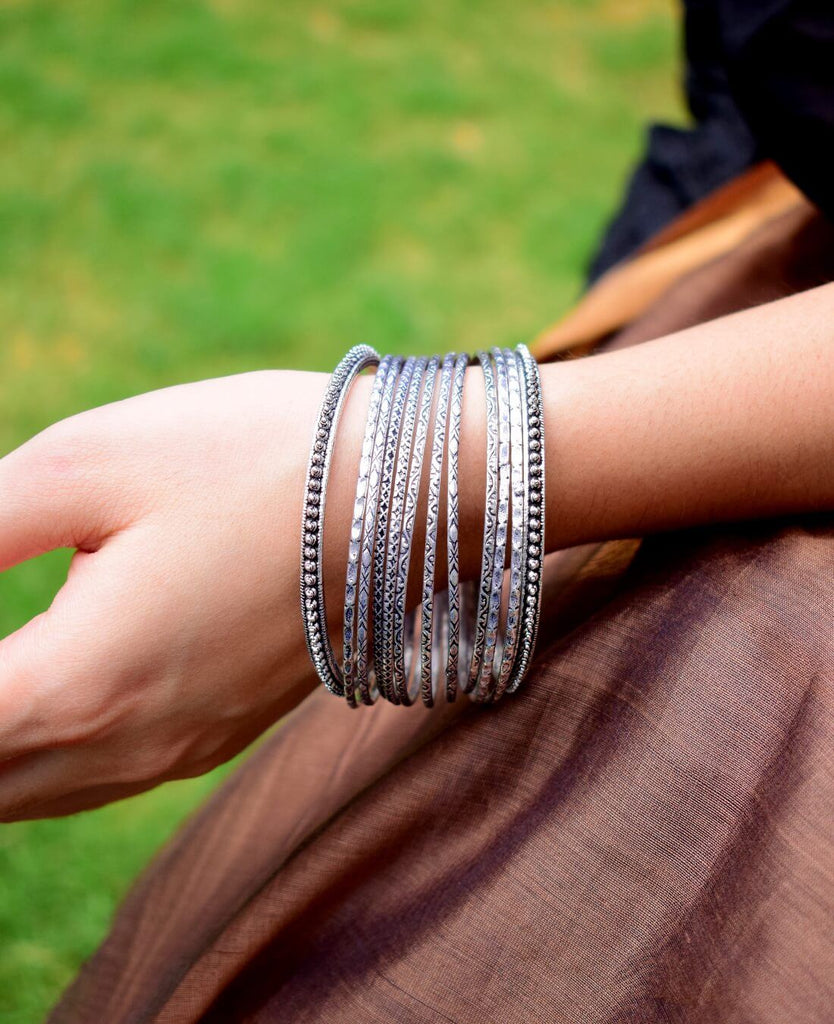 GiftPiper Oxidized German Silver Metal Bangle Set
