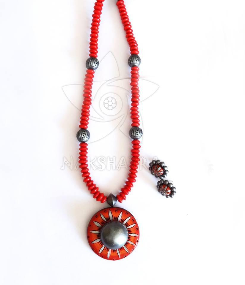 Red And Red Gold Terracotta Necklace Set