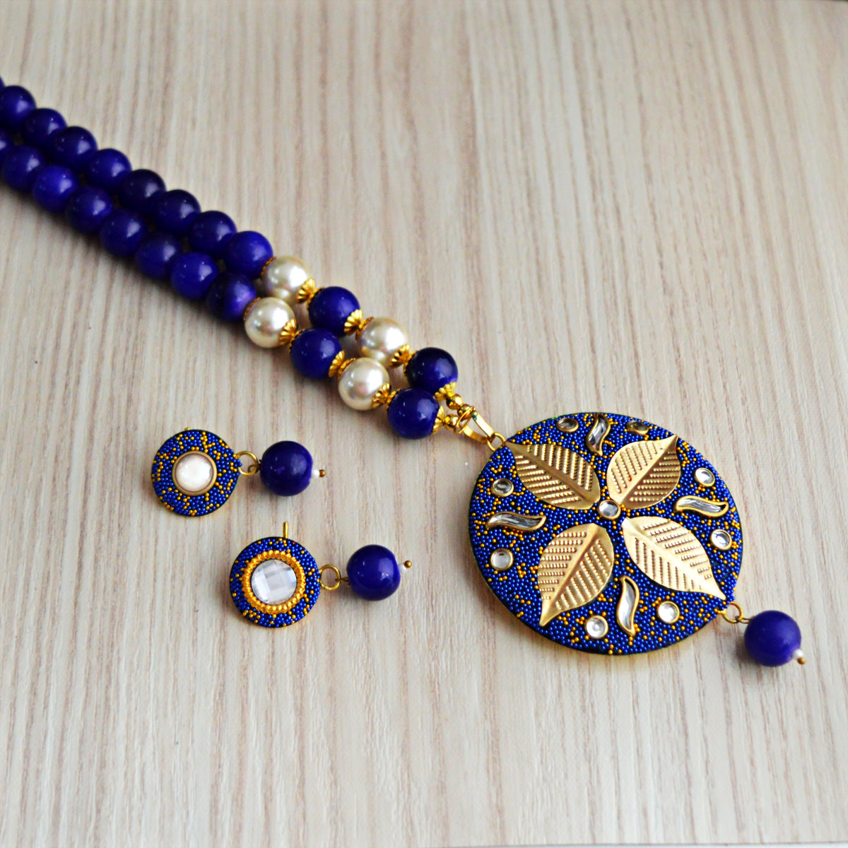 Dark Blue Colour Beads Leaf Design With Kundan Meenakari Necklace Set