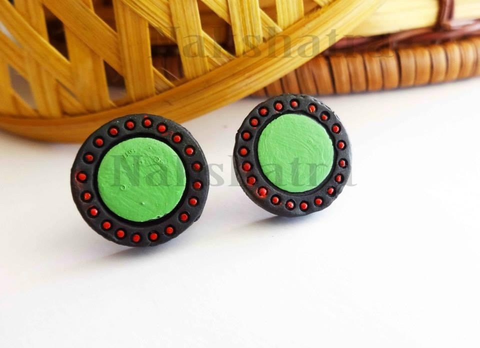 Black & Green Colour Terracotta Stud Earring